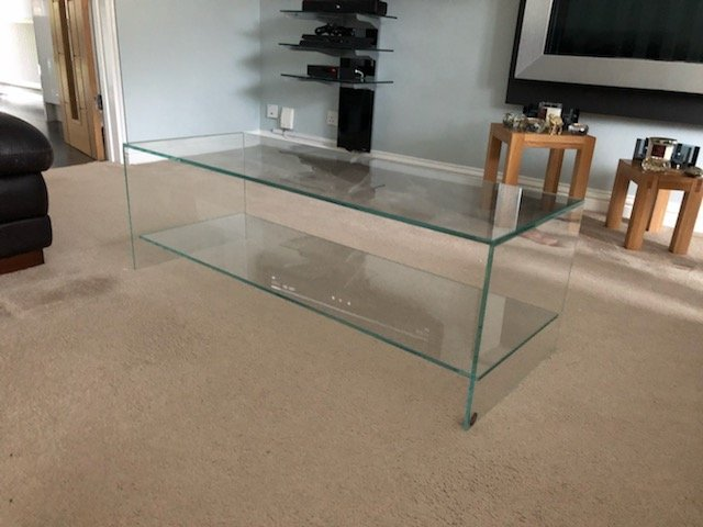 Judd all glass Coffee table with shelf