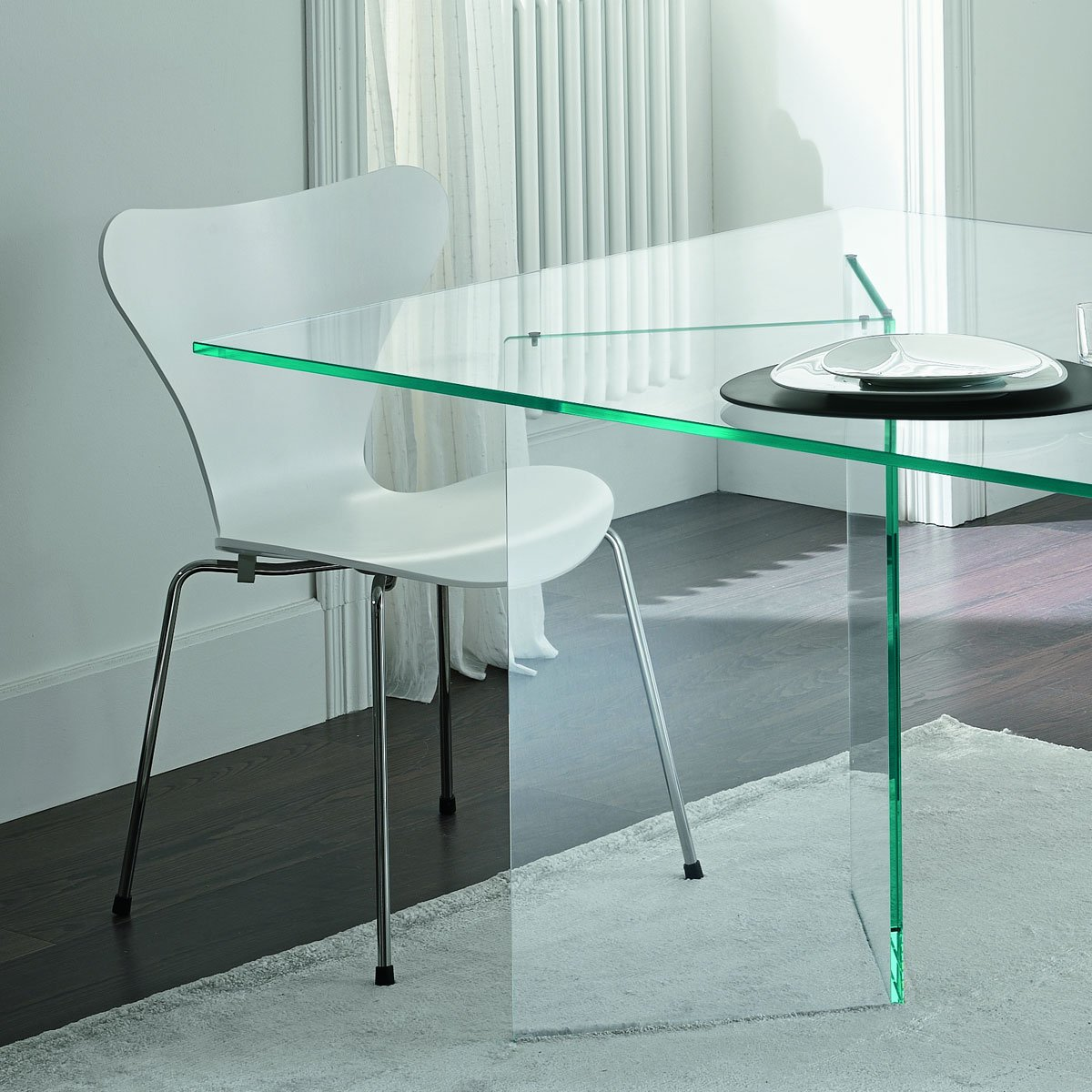 Tonelli bacco glass dining table klarity glass furniture for Dining room glass table