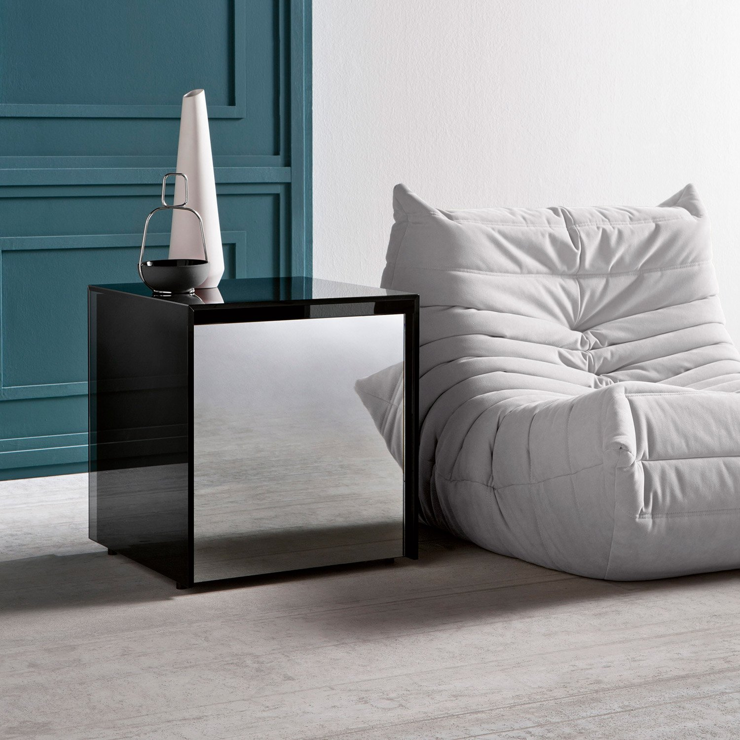 Frameless Glass Coffee Table: Ghotam Smoked Glass Table With Drawer