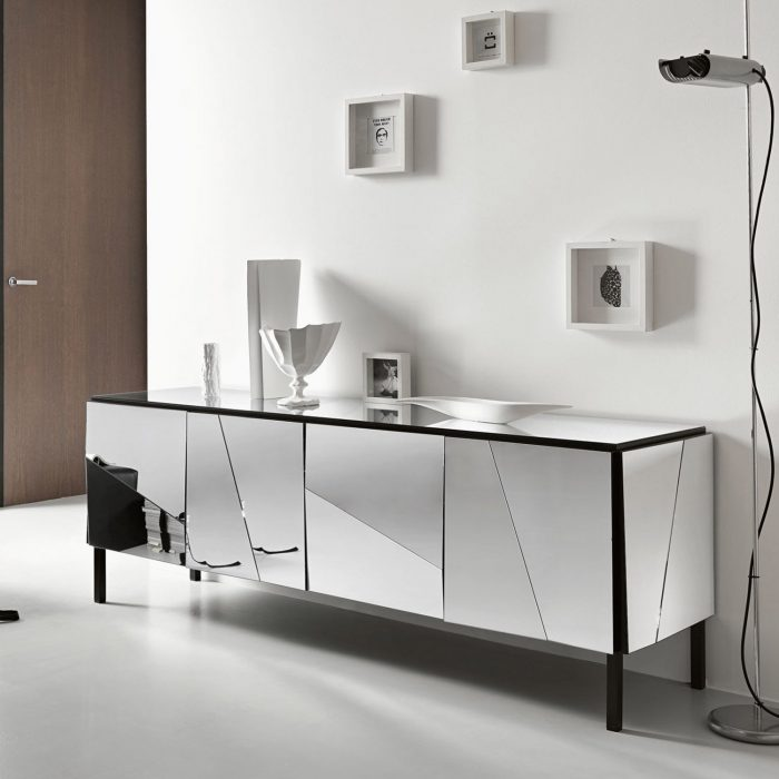 Psiche Mirrored sideboard by tonelli