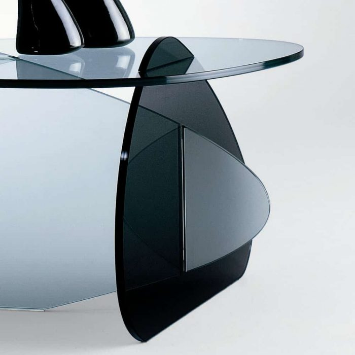 Kat Glass Coffee Table By Tonelli Klarity Glass Furniture