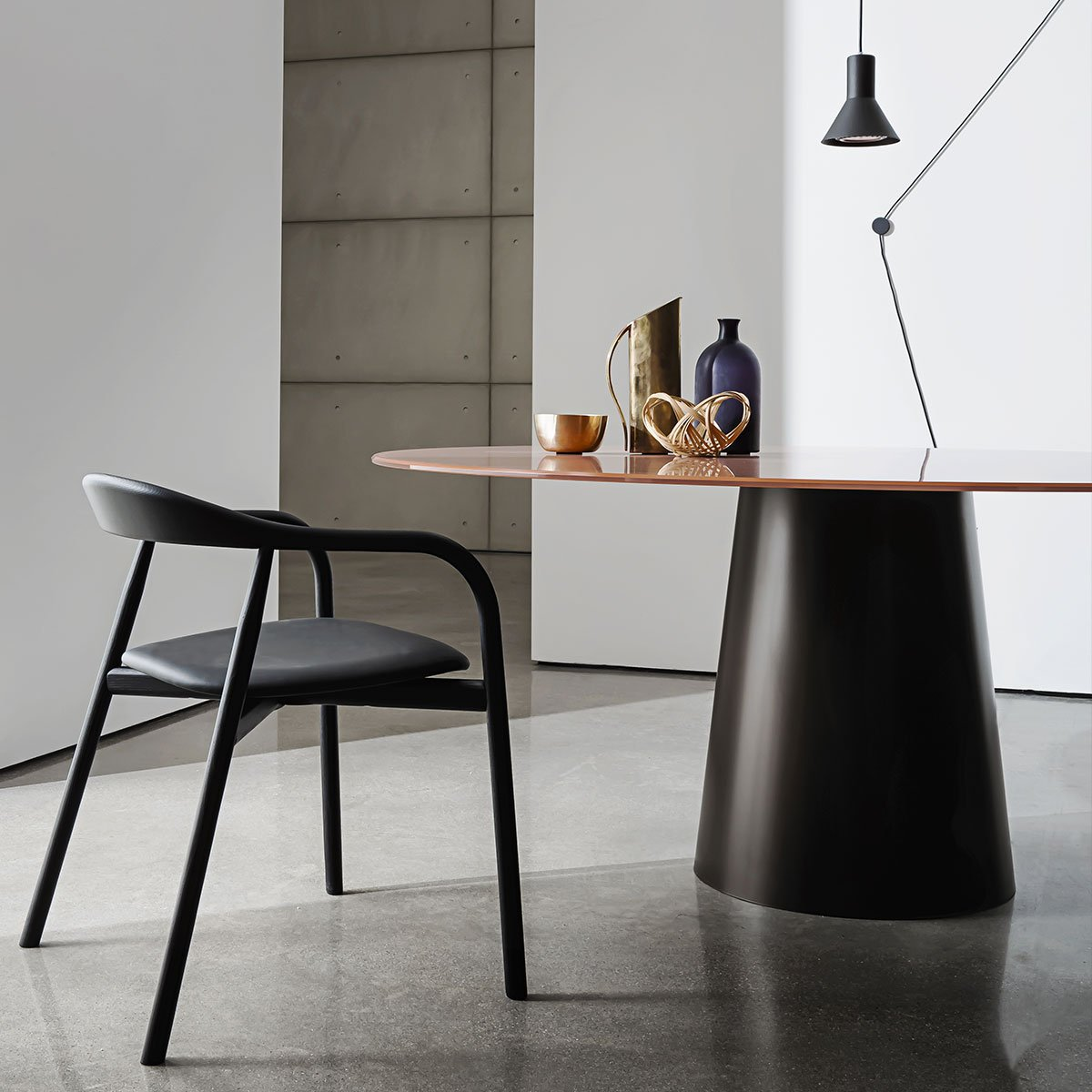 glass and metal dining table totem sovet itelia