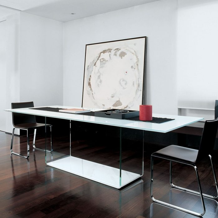 glass dining table - valancia - sovet italia