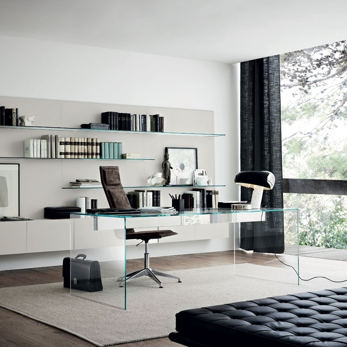 air glass desk by gallotti radice klarity glass furniture. Black Bedroom Furniture Sets. Home Design Ideas