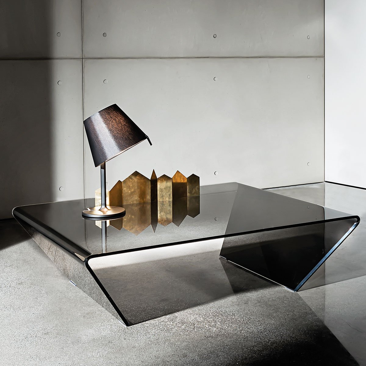 rubino curved glass coffee table klarity glass furniture. Black Bedroom Furniture Sets. Home Design Ideas