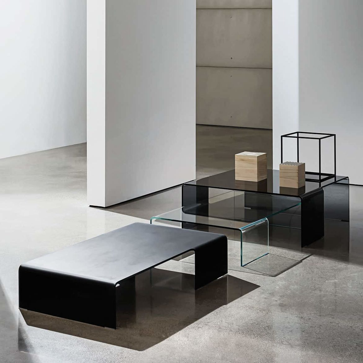 Curved Glass Coffee Table by Sovet Italia