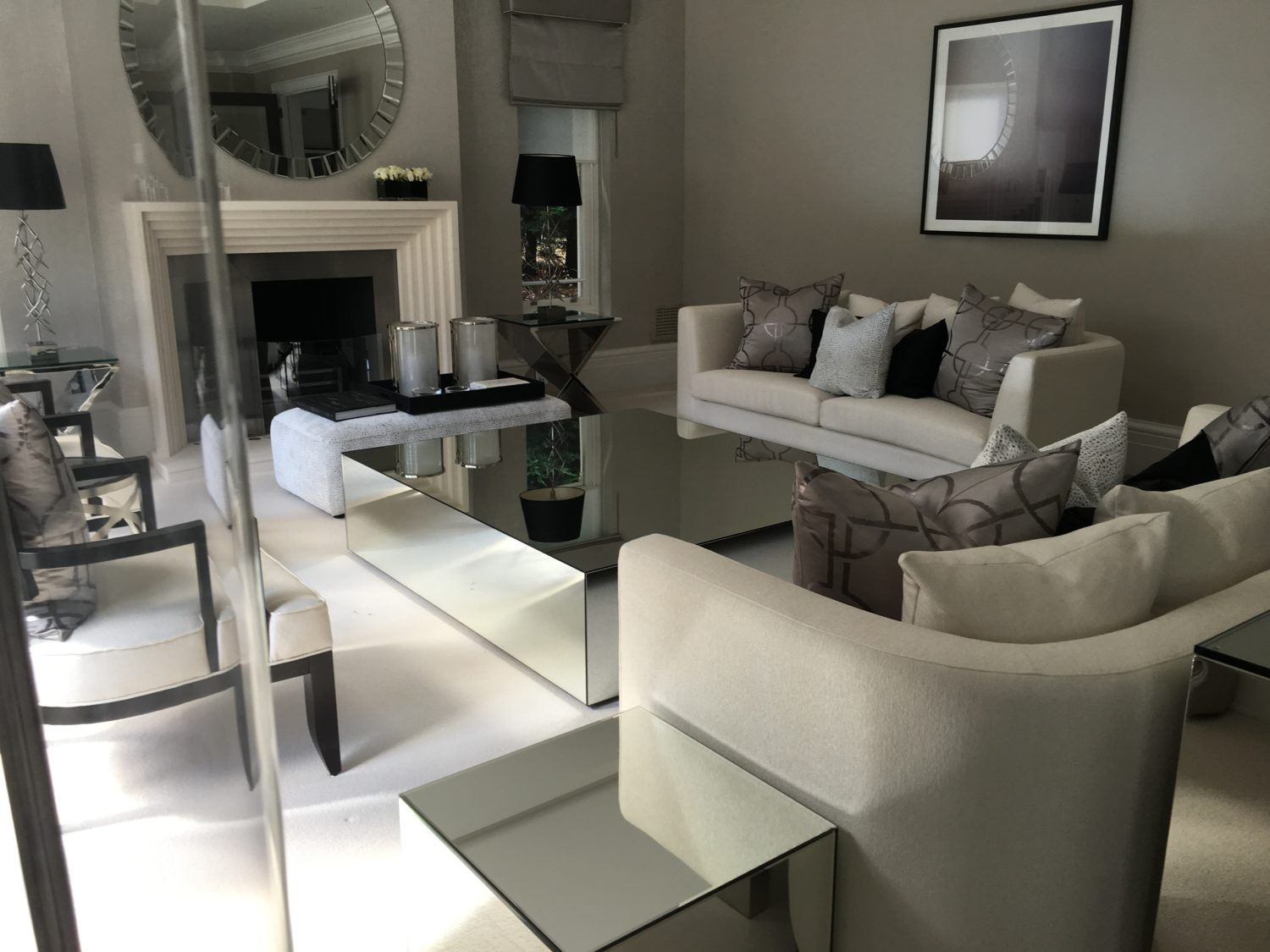 mirrored coffee table and mirroed side table