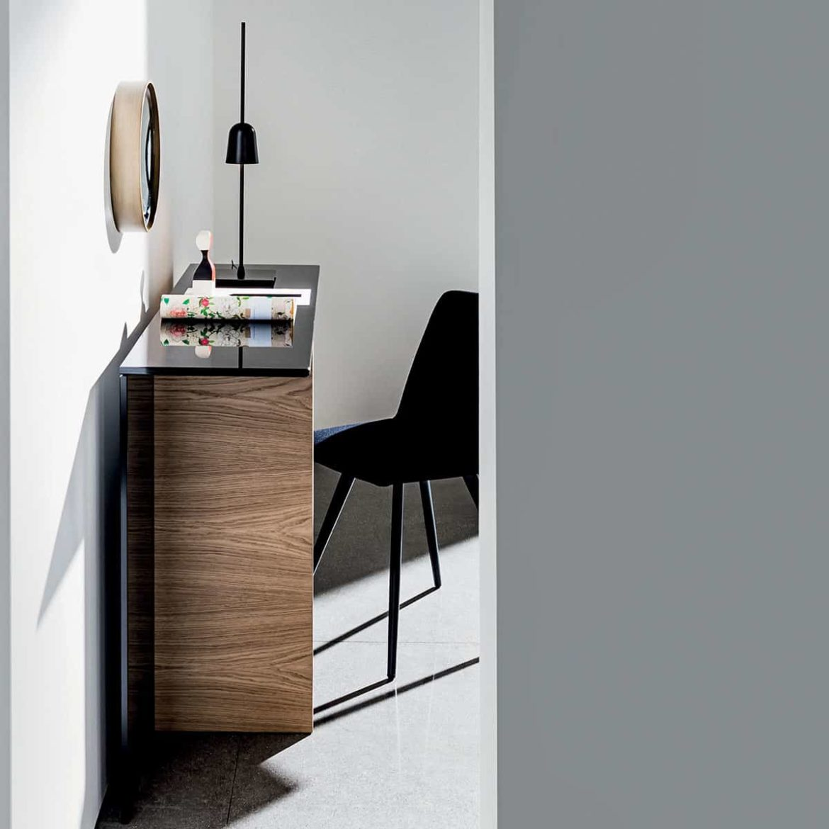 Sovet Regolo Wood & Glass Console Table