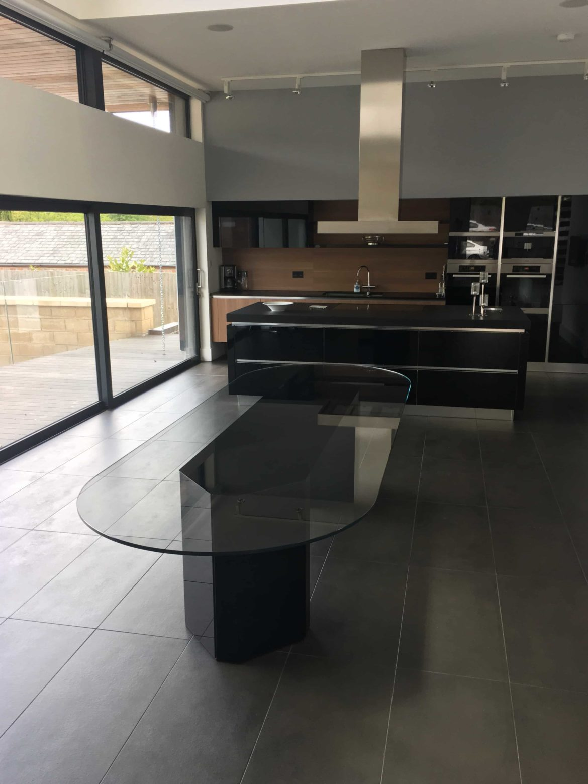 Akim Glass dining Table