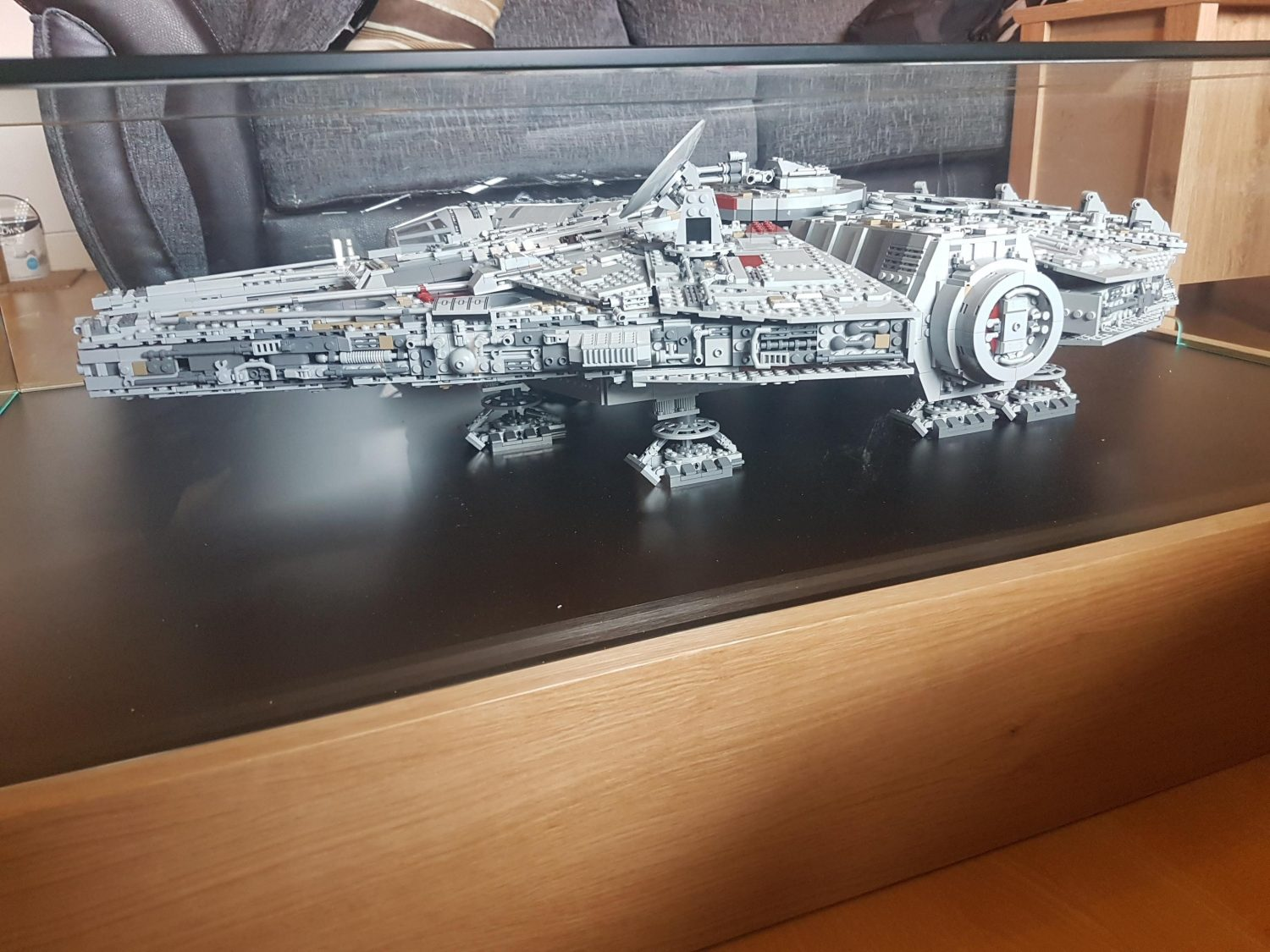 Millennium Falcon Display Table-2